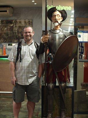 Sr. Head with Sr. Quixote